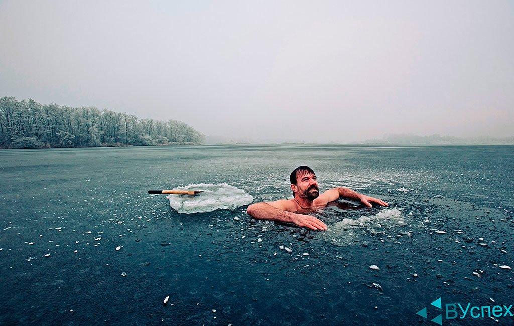 Проявление силы воли, упорства и настойчивости в закаливание в северо ледовитом океане, лед, снег, холод, закаливание организма тела