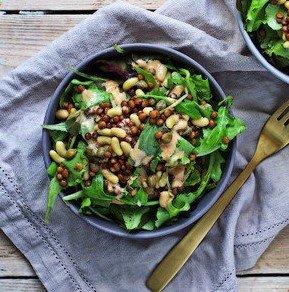 Салат с фасолью и чечевицей
