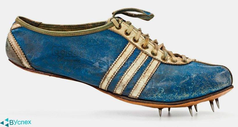 Бутсы Adidas 1964г с острыми шипами